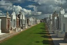 Tumbas increíbles #tumbas #muertos #muerte #enterrar #ideas #originales