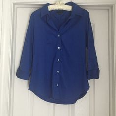 Button down shirt Woman's 3/4 sleeve button down shirt. Worn one time! Great condition Banana Republic Tops Button Down Shirts