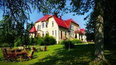 Koivumäen kartano - Koivumäki Manor, in Kuopio. Mansions Homes, Cafe Restaurant, Old Houses, Finland, Trip Advisor, Villa, House Styles, Places, Castles