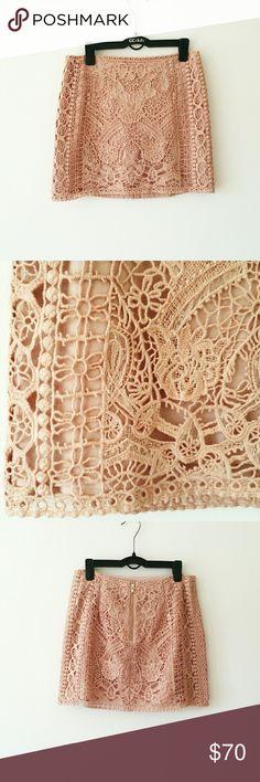 Club Monaco Crochet
