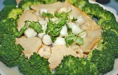 broccoli with abalone and scallops