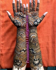 Top Dainty Engagement Mehndi Designs For Bride