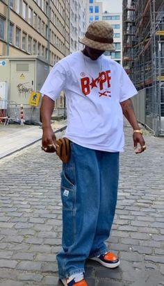 Bape, Boy Outfits, Mom Jeans, Normcore, Mens Fashion, Poses, Guys, Fitness, Style