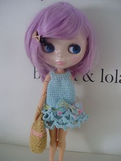 http://www.ebay.es/itm/crochet-dress-for-Blythe-or-similar-/171061583422?pt=LH_DefaultDomain_186=item27d4109e3e