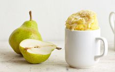 Pear mug cake with almonds recipe by Lene Knudsen - Cook the pear in 1 tablespoon of water for 1 minute 10 seconds watts) in a bowl, then drain. Get every recipe from Mug Cakes by Lene Knudsen Microwave Apples, Mug Cake Microwave, Microwave Recipes, Microwave Dishes, Microwave Baking, Pear And Almond Cake, Pear Cake, Almond Cakes, Dessert In A Mug