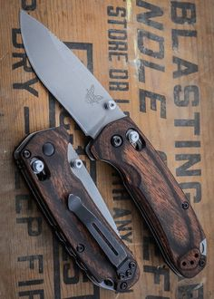 Benchmade Knife 15031-2 North Fork edc Folder blade Wooded finish - really nice!
