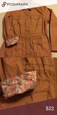 NWOT Old Navy Military Jacket Reposh. NWOT Old Navy Jacket size large in camel color with zipper. Smoke free home and excellent condition. Sleeves can be unrolled. Old Navy Jackets & Coats Utility Jackets