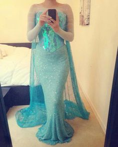 Promise Phan is a Disney princess pro! She should be hired for makeup and costuming by Disney. She transforms herself into identical versions of various Disney Frozen Cosplay, Elsa Cosplay, Frozen Costume, Disney Cosplay, Disney Costumes, Halloween Costumes, Mermaid Costumes, Couple Halloween, Adult Costumes
