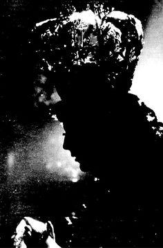 Fotos Antiguas en B/N (II) - Página 9 Silhouette, Google, Lord, Sevilla Spain, Childhood Memories, B W Photos, Old Pictures, Fotografia, Mother Mary