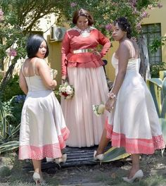 traditional wedding dresses 2018 African Bridesmaid Dresses, African Wedding Attire, African Lace Dresses, African Fashion Dresses, African Weddings, Wedding Dresses With Straps, Wedding Dresses 2018, African Fashion Traditional, Traditional Wedding Attire