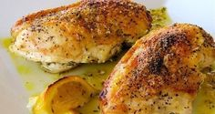"""Еще больше рецептов здесь https://plus.google.com/116534260894270112373/posts  Мягкая и сочная куриная грудка  Ингредиенты:  ●500 гр. филе куриных грудок ●1 яйцо ● майонез, по вкусу ●мука пшеничная (высший сорт) ●соль, лимон и приправа для курицы, по вкусу  Приготовление:  Как видно из состава, готовить будем """"на глаз"""". Рецепт не сложный, думаю вопросов возникнуть не должно. Сперва нам нужно обмыть куриные грудки, отделить их от кости и поделить на 2-3 части. Все зависит от того, какого…"""