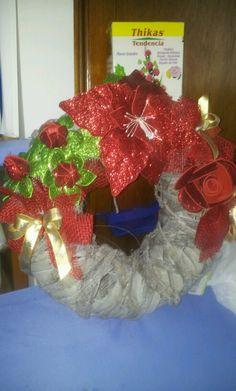 Ghirlanda natalizia, lavorata con Fommy