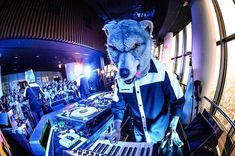 """Man With A MissionさんはInstagramを利用しています:「A recap of what the wolves have been up to on the """"Chasing the Horizon"""" album release week⭐️…」"""