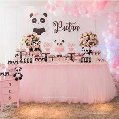 Panda Themed Party, Panda Birthday Party, 5th Birthday Party Ideas, Panda Party, Birthday Party Decorations, Girl Birthday, Birthday Parties, Themed Parties, Girl Baby Shower Decorations