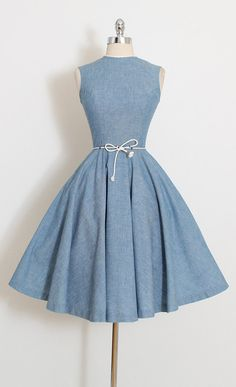 ➳ vintage 1950s dress * sweet little belt