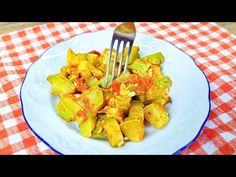 2 zucchini, 2 tomato and dinner is ready! Recipe in 10 minutes. Delicious and healthy! - YouTube Zucchini, 15 Minute Dinners, Le Diner, Asparagus, Chicken, Vegetables, Healthy, Food, The Dinner