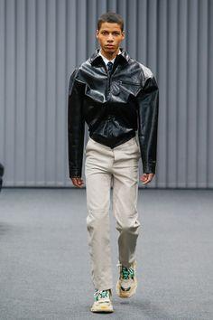 Balenciaga Fall 2017 Menswear Fashion Show Collection
