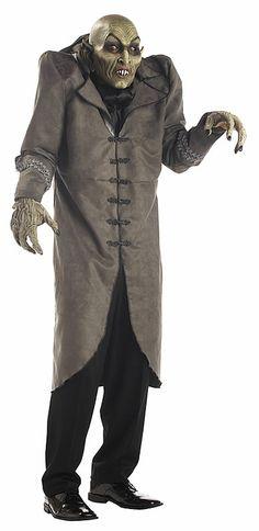 Amazing Hide-the-Children-Its-So-Realistic Nosferatu Costume