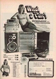A vintage audio Pioneer ad Old Advertisements, Retro Advertising, Retro Ads, Advertising Archives, Audio Vintage, Vintage Ads, Radios, Big Speakers, Audio Room