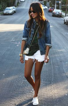 Outfit Ideas / white denim mini shorts   blue denim jacket