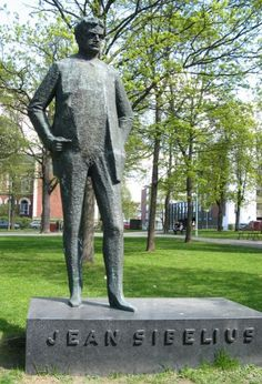 Statue of Sibelius in his birthplace of Hämeenlinna, Finland. Photo: Merja Nummi