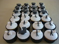 Graduation cup cakes