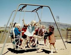 Wolfgang Sievers - Children at Tom Price, Western Australia 1975