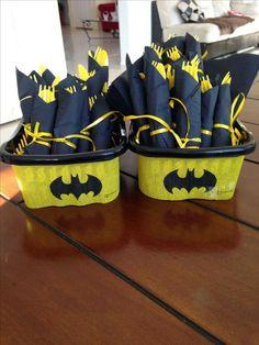 Love this idea for any superhero birthday party! - - Batman Party - Ideas of Batman Party - Love this idea for any superhero birthday party! Lego Batman Birthday, Lego Batman Party, Superhero Birthday Party, 6th Birthday Parties, Boy Birthday, Birthday Ideas, Batgirl Party, Baby Batman, Kids Batman