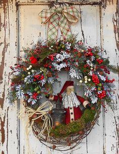 Primitive Santa Christmas Wreath https://www.etsy.com/shop/FeatheredNestWreaths