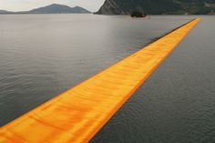 "Gallery of The Floating Piers Opens on Lake Iseo Allowing Visitors to ""Walk on Water"" - 3"