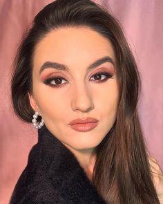 "Denisa Stanciu • M U A • on Instagram: ""A little bit of Lebanese Glam 💋Thoughts? Product breakdown: __ @bassamfattouh Star Palette Lashes @ardellromania…"" Colorful Makeup, Smokey Eye, Bridal Makeup, Cat Eye, Eyeliner, Lashes, Eye Liner, Eyelashes, Wedding Makeup"
