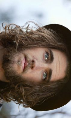 Matt Corby ❤️❤️❤️ check out his music!