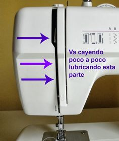 La pequeña aprendiz: Tutorial para engrasar la máquina de coser Sewing Tools, Sewing Hacks, Sewing Tutorials, Sewing Crafts, Sewing Projects, Sewing Case, Sewing Stitches, Sewing Patterns, Singer Tradition