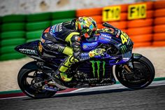 Motogp Valentino Rossi, Valentino Rossi 46, Bengalischer Tiger, Vr46, 1957 Chevrolet, Road Racing, Cars And Motorcycles, Yamaha, Poetry