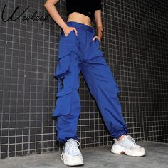 Cargo Pants For Women – Hit Pieces Of The Season streetwear supreme hypebeast mens fashion fashion sneakers off white frugal aesthetic street fashion style bape yeezy ni Plus Size Cargo Pants, Blue Cargo Pants, Cargo Pants Outfit, Cargo Pants Women, Trousers Women, Pants For Women, Clothes For Women, Blue Trousers, Style Streetwear