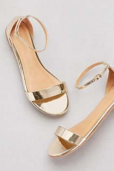 New Ideas bridal shoes flats sandals style Shoes Flats Sandals, Women's Shoes, Shoe Boots, Gold Flat Sandals, Gold Flats, Flat Shoes Outfit, Rose Gold Sandals, Yellow Sandals, Ankle Strap Flats