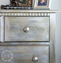 Fusion Metallics come in 6 designer colors as well. Use them alone or layer colors to create the most amazing finish!