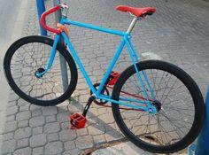 W-wa Jeziorki: Fixie composition in red, blue and black Mountain Bike Trails, Mountain Bicycle, Bike Tattoos, Bike Illustration, Fixed Gear Bike, Cycling Wear, Vintage Bicycles, Road Bike, Gears