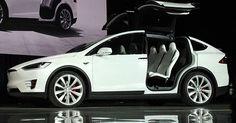 Tesla Model X: Musk taglia i prezzi ed elimina riscatto al 50%