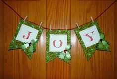 Spreading love and joy during the holiday season! #Christmasbanners #holidaycrafts #holidaybanners