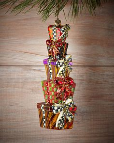 H7BAV MacKenzie-Childs Stacking Presents Christmas Ornament