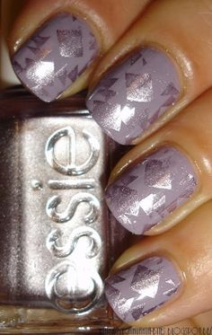 Essie Bangle Jangle- Well looky looky what a pretty color!
