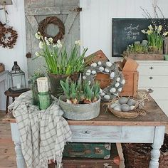 More country kitchen inspo. Just love this look. #paintedkitchen  #countrykitchen  #rustickitchens  #rusticdecoration  #countryinspo