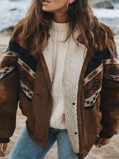 Western Outfits Women, Cowgirl Outfits, Fuzzy Coat, Mein Style, Moda Boho, Cotton Jacket, Flannel Jacket, Look Cool, Types Of Sleeves