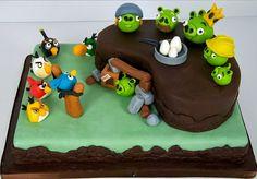 Angry Birds Birthday Cakes