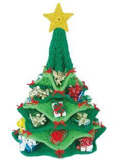 Mariela Crochet`s Crochet Christmas Trees, Christmas Crochet Patterns, Christmas Decorations, Christmas Ornaments, Holiday Decor, Knitted Dolls, Free Pattern, Crocheting, Internet