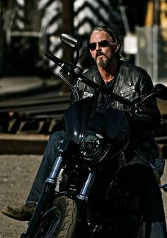 The oh-so-gorgeous Tommy Flanagan, who plays Chibs on Sons of Anarchy.