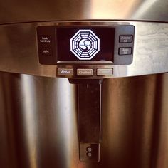 There's something menacing about the HowStuffWorks ice dispenser, but I just can't seem to put my finger on it. #lost