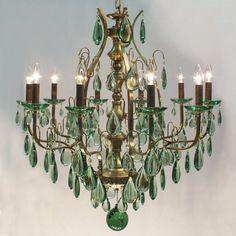 #green #crystal #chandelier #luxury Lustre Sevilha 10 braços em pedra natural obsidiana verde.