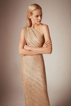 Hervé Léger Pre-Fall 2020 Collection - Vogue on We Heart It Fashion Show, Fashion Looks, Vogue Fashion, Fashion Women, Fashion Trends, Mother Of Groom Dresses, Herve, Ladies Dress Design, Evening Dresses
